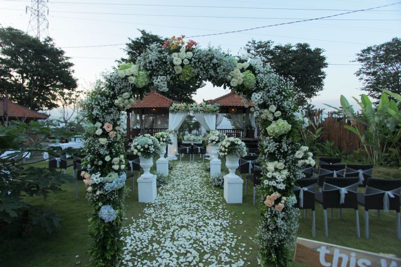 Cheap Reception Wedding Place In Batu The Batu Hotel Villas