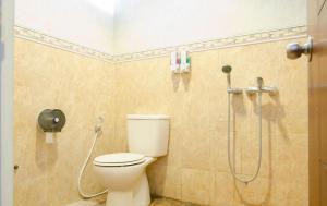 Shared Bathroom THE BATU Hotel & Villas